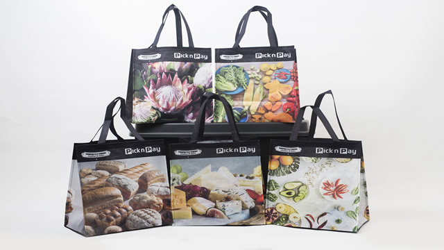 Pick n Pay to give away 20 000 reusable bags daily — www guzzle co za