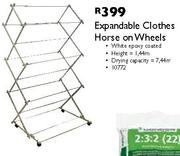 Expandable Clothes Horse On Wheels